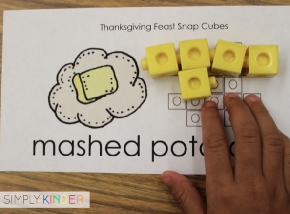 Thanksgiving Snap Cube Math Center Freebie