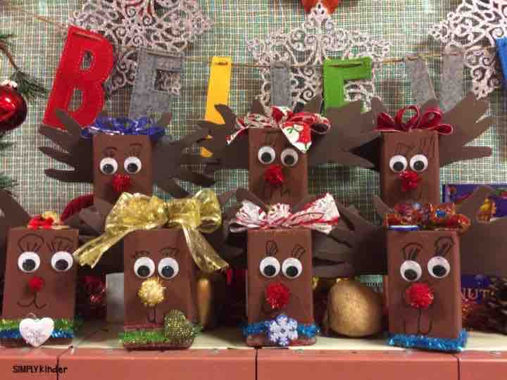Wooden Block Reindeer Home Decoration as parent or family gifts from your students.