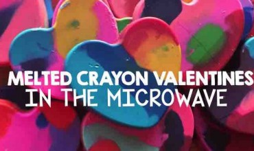 Melted Crayon Valentines in the Microwave