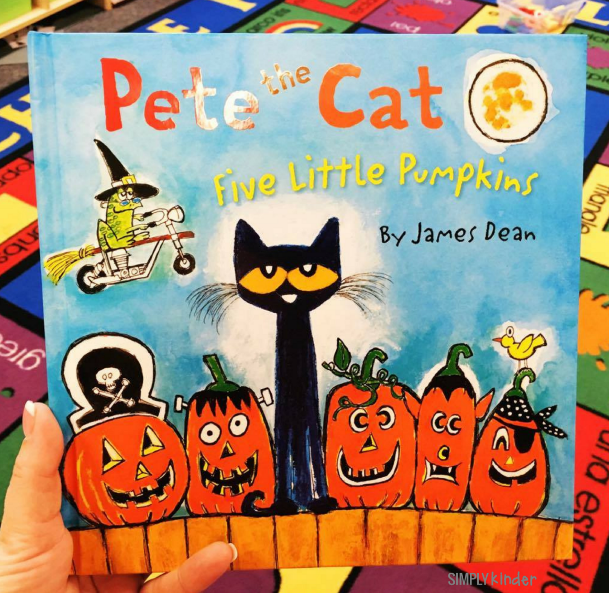 Five Little Pumpkins with Pete the Cat