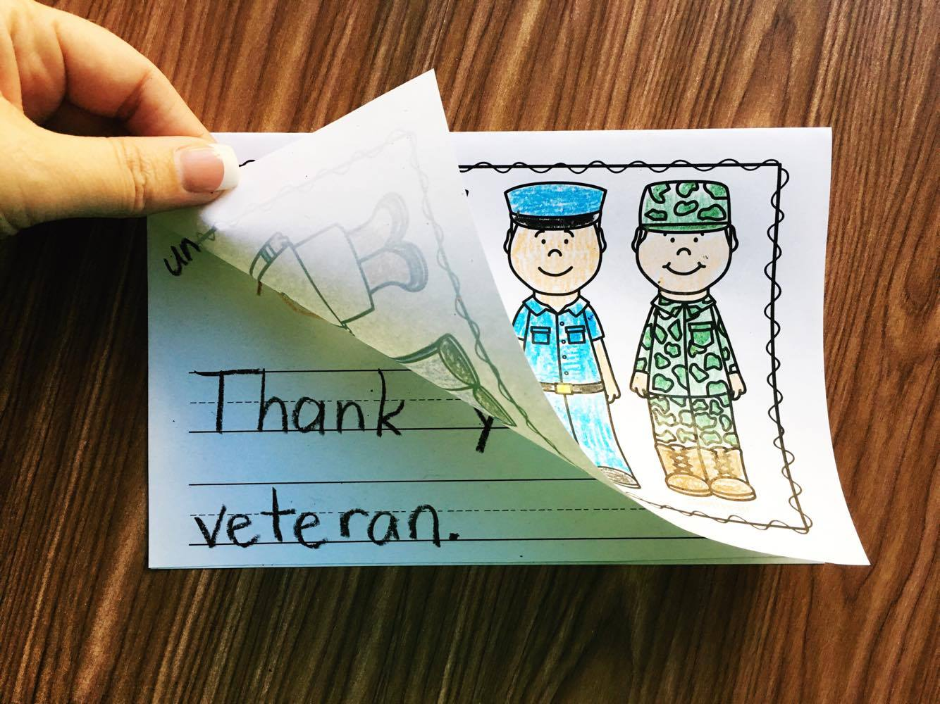 Free Veterans Day Card - Use this activity with your preschool, kindergarten, or first grade students.
