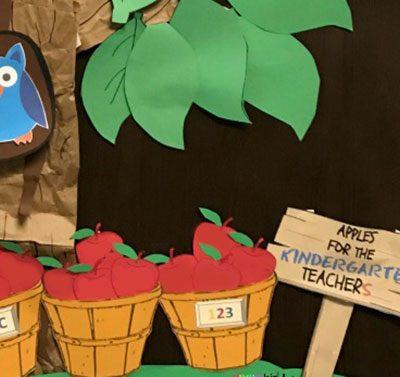 Back to School Apple Tree Classroom Decoration