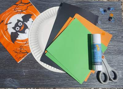 paper plate pumpkin craft supplies